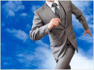 自己破産とは本来、債務者の再出発を支援するための手段